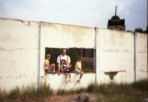 Brayne kids at the Berlin Wall, 1990